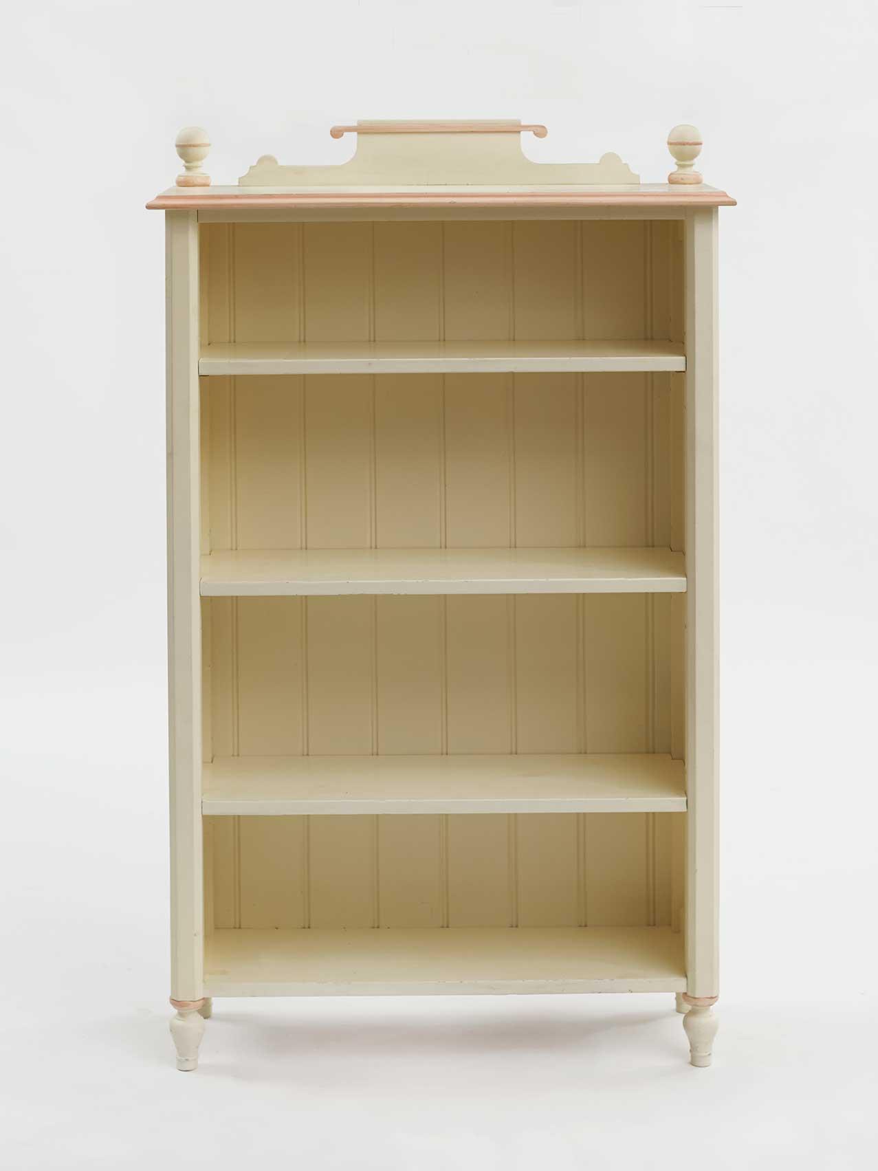 Classic Bookcase With Scroll Pediment 029 Leporello