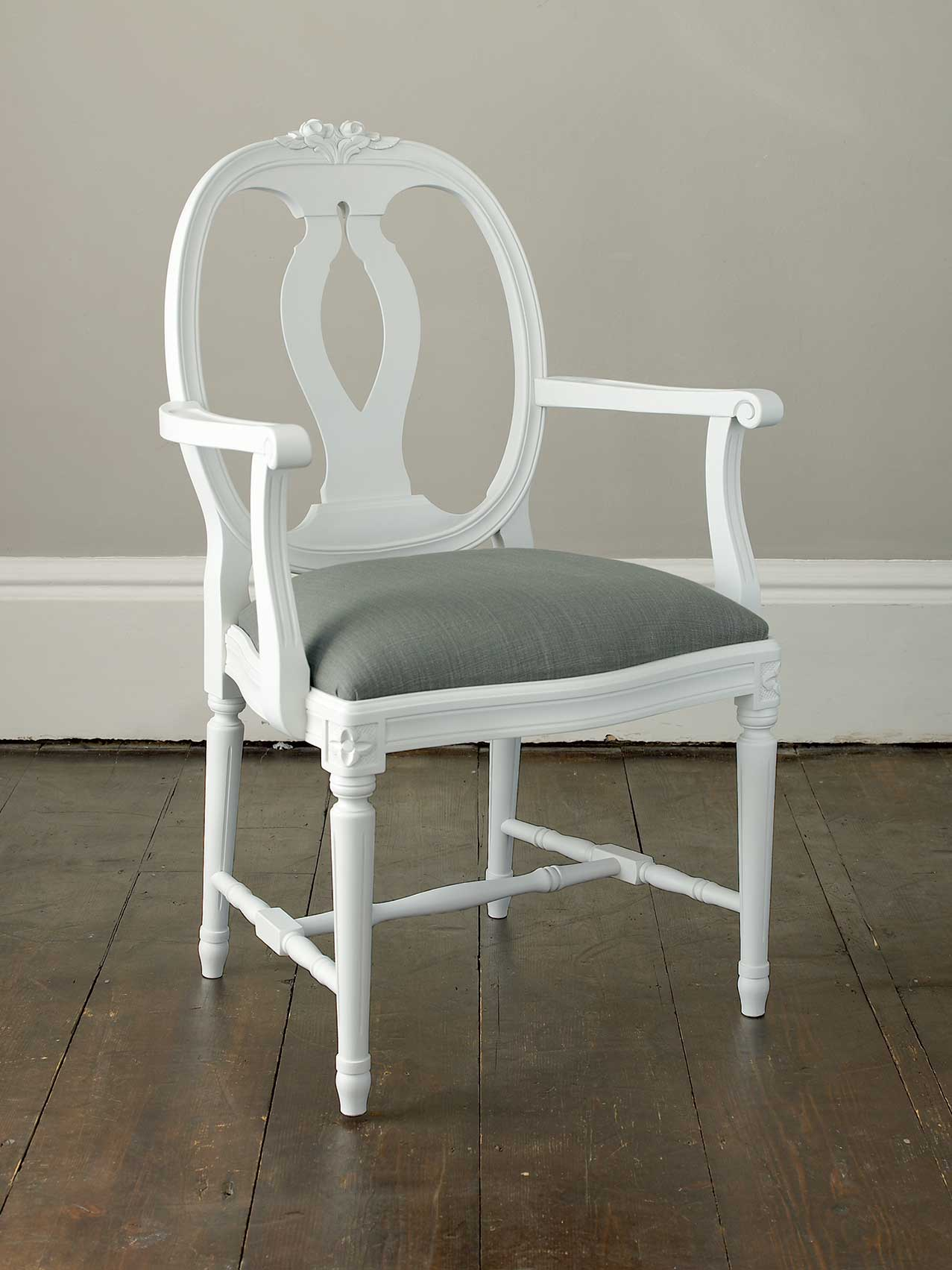 Rosen chair with Arms (457)