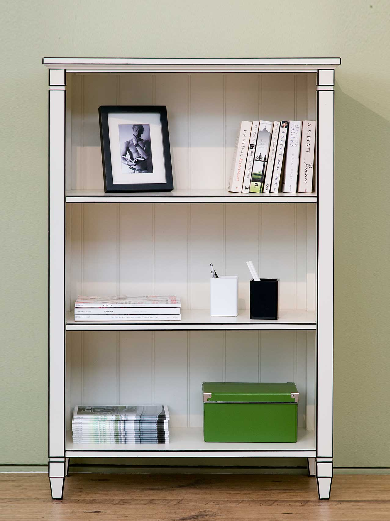 Contemporary Bookcase C329 Leporello